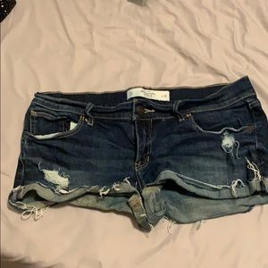 ABERCROMBIE & FITCH BOOTY SHORTS